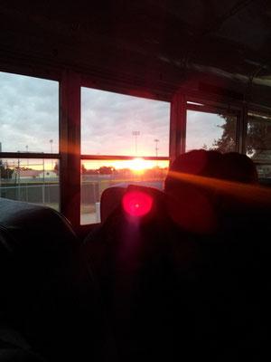Sonnenaufgang :-) Sah in echt 1000 Mal schöner aus!
