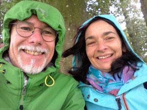 Während eines Regengusses in Avebury
