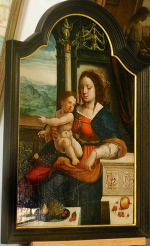 Pieter Coecke van Aelst, Madone aux cerises,XVIe siècle, huile sur bois, 89 x 58 cm / Musée Boucher-de-Perthes, Abbeville