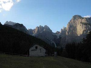 ハイジの山小屋と名付けました。