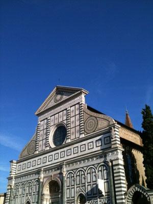 これは、今日のフィレンツェ駅前です。