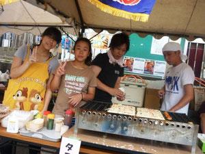 たこやき。「ちょっと!6個で200円って安い!」と興奮している人がいました。