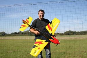 Kunstflugmaschine - mit Elektromotor