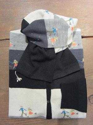 マフラー¥6090(ブラック)-Sold out-  カーディガン¥27300(size2.ブラック×ブラック)ANTIPAST-Sold out-
