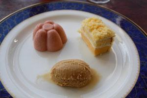 デザート ミモザ風ケーキ、苺のババロアなど