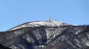 地蔵岳山頂のアンテナ群