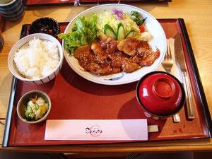 いも豚生姜焼き定食 ¥950