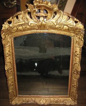 Miroir d'époque Régence.
