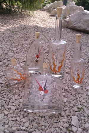 verschiedene Flaschen aus Glas