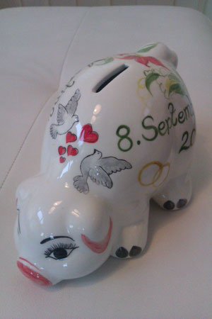 ..ein originelles, persönliches Geschenk zur Hochzeit mit zwei Tauben und den Eheringen