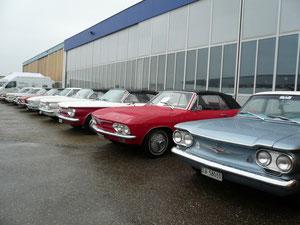 Der Swiss Covair Club mit 12 Fahrzeugen