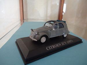 Citroen 2CV  (1957)