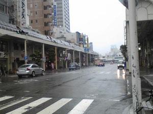 会場は久しぶりの沼津でした。雨模様。