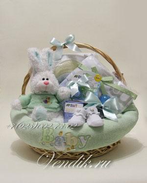 """© Подарочная корзина для новорожденной девочки """"Моя Заюшка"""""""