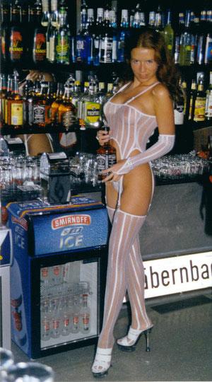 Sexy Barmaid
