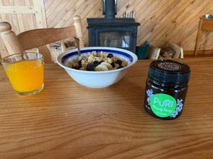 Puri Manuka Honey for breakfast NZ Ngauranga Ltd