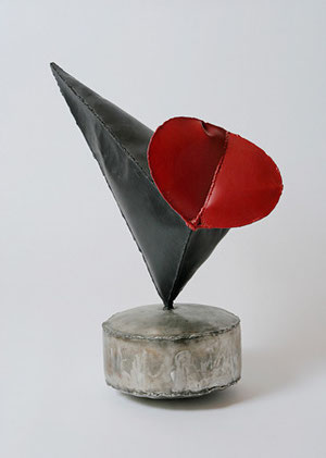 Birthday Bird, 56 x 36 x 58 cm, Eisen, Edelstahl, 1998