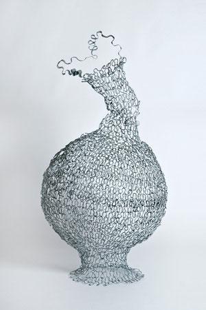 Strickkorb, 55 x 55 x 110 cm,  Eisen Kunstharzlack, 1993