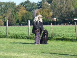 Frauchen und ich beim Training in Recklinghausen