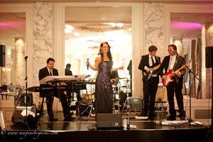 Hochzeitssängerin Hochzeitsband Hochzeits-DJ