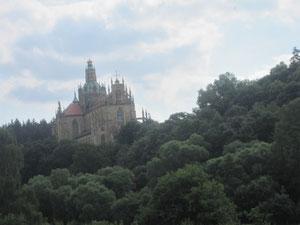 an Kloster Kladrubý vorbei