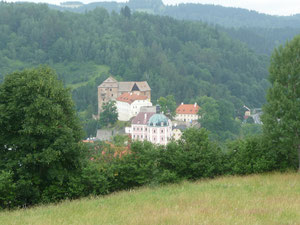 Blick auf Schloss Becov