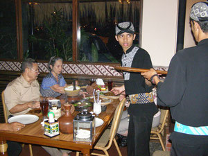 Lekker eten in  Bandoeng