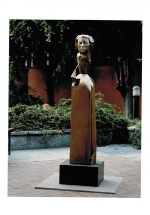 """""""Rahel Hirsch"""", 1995 Bronze patiniert, Höhe ca. 180cm, für Charité Berlin"""