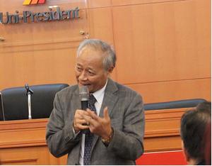 経営について講演をされる統一企業公司の林蒼生総裁