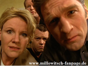 Dr. Borstel ist zusammengebrochen und kann nicht mit Dr. Schmidt nach New York reisen - Nikola muss mit.