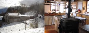 La maison vue de derrière en hiver et le fourneau dans la cuisine