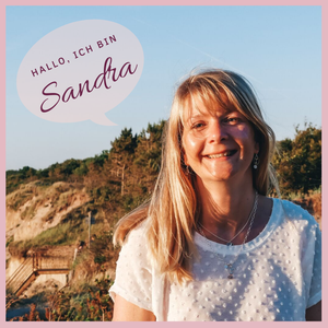 Hier sehen Sie ein Bild von Sandra Janicki, der Gründerin des Schmucklabels Andressa - Schmuck mit Herz aus Hamburg.