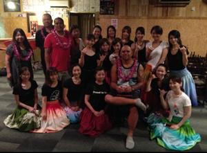 忙しい時間にありがとう、クアナさん!上手に踊れるよう練習します☆