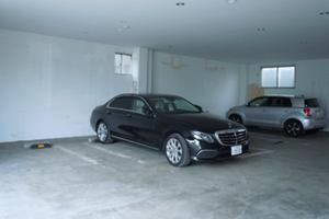鍼灸院鶴の駐車場