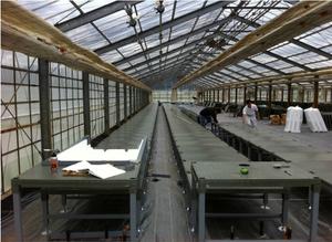 被災地で回収された廃プラスチックから製造される水耕栽培用樹脂架台