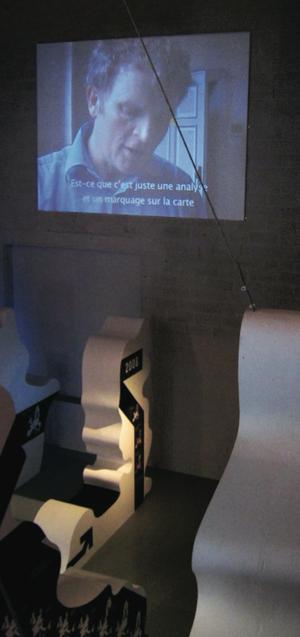 FRAC Centre, Projektion Interviewserie (im Bild: Floris Alkemade)