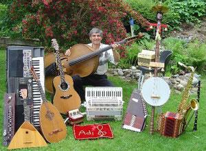 """""""Ein Bad in Musikinstrumenten"""""""
