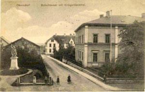 Oberndorf im Jahre 1909 vor der Eingemeindung - Schule und Kriegerdenkmal