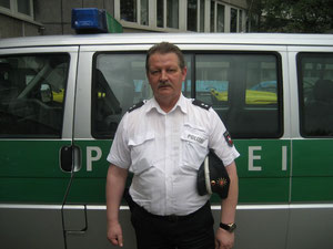 Verkehrssicherheitsberater Rainer Stapel von der Polizeiinspektion Helmstedt-Wolfsburg