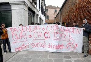 Blokade foran det danske konsulat i Venedig i 2007 i soldaritet med ungdomshuset