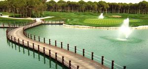 Ausblick auf die beiden Sueno-Golf-Course, Belek. Foto Rainer Sturm stormpic.de