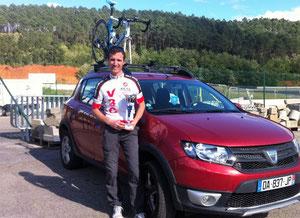 Alex the KOM avec son trophée de meilleur grimpeur