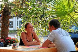 Exotisches Strassencafé und Bistro in der City von Weil am Rhein