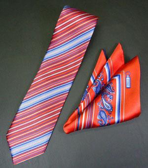 ネクタイ チーフ