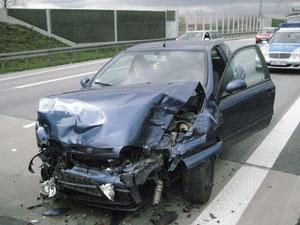 Das Auto der Unfallverursacherin