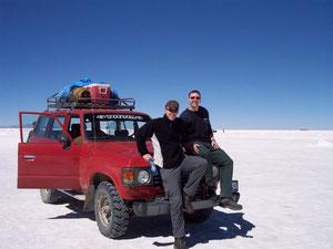 Albi und ich am Jeep