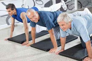 Foto von Männer Pilates Gruppe
