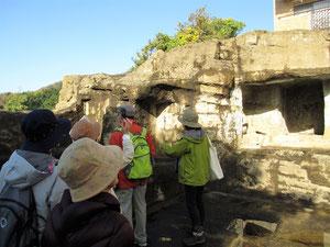 上行寺東遺跡(復元遺跡)