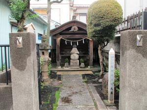 伝御所五郎丸墓
