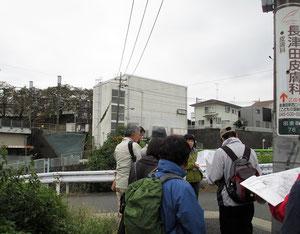 田奈駅(恩田川沿い)